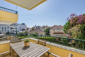 Apartamento T3 no Estoril