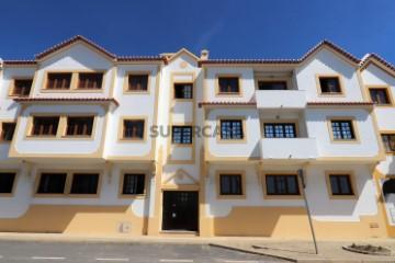 Fachada do prédio - Apartamento T2 em Vila Nova de
